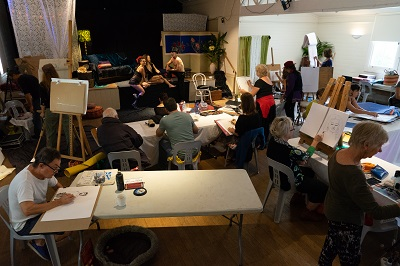 life drawing event byron bay - artists at work